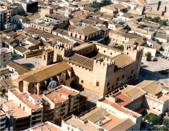 http://1.bp.blogspot.com/-tPhZgYa3DG4/T8O1kY9kaqI/AAAAAAAAACg/Fx92Rf5SaOA/s1600/Imagen+castillo.jpg
